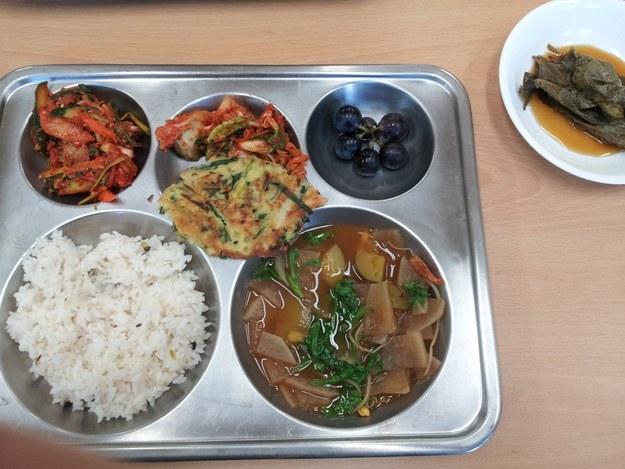 16 школьных обедов из разных стран