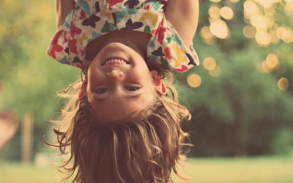 Дети, которые чаще улыбаются на фото, более счастливы в браке